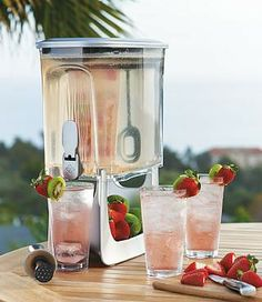 The exclusive, versatile Primula Instant Infusion Beverage Dispenser infuses fresh flavors into drinks, bringing new dimension to water, tea, punch, sangria and more.