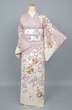 g-hm128b    #5775 Traditional Kimono, Traditional Japanese, Traditional Outfits, Yukata, Kimono Fabric, Kimono Top, Flower Festival, Express Women, Japanese Outfits