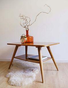 Kekke vintage houten salontafel, retro jaren 60 tafel.
