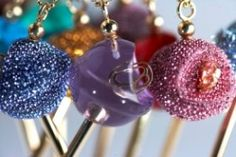 Lollipop Necklaces by Simone Smith, love! Proceeds go to Cancer Research. CAN GET AT KHOLS FOR $42, silver and pink