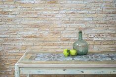 63 veces he visto estas apacibles muebles vintage. Tile Top Tables, Vintage Furniture, Diy Crafts, Wood, Kitchen, Modern, Home Decor, Debt Consolidation, Cash Advance