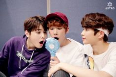 [11.04.16] Astro official Fancafe - Behind the scene from Music show promotions - SanHa, EunWoo e MyungJun