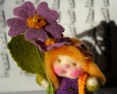 Blumenkind Primel Jahreszeitentisch von Zauberland auf DaWanda.com