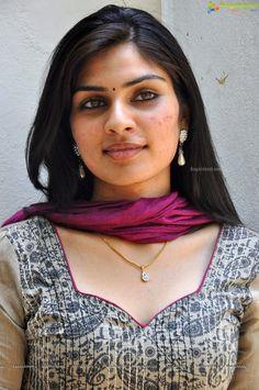 Beautiful Girl In India, Beautiful Girl Image, Most Beautiful Women, Beautiful Saree, Beautiful People, Beauty Full Girl, Cute Beauty, Beauty Women, Raw Beauty