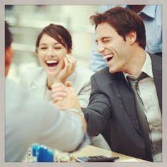 #Social, 5/01/14: secondo una ricerca condotta da Voices from the Blogs, un progetto di #ricerca dell'Università degli Studi di Milano, che ha registrato l'andamento di #felicità o di #tristezza degli italiani sull'analisi di 41 milioni di #tweet, il #sentiment di felicità generale è piuttosto alto. Infatti il 60,3% dei twittatori italiani pare sia felice. Ma quali variabili influenzano questa immagine?