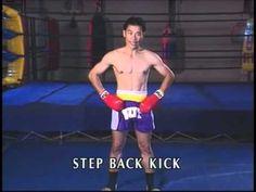 Kicks & Knees for Muay Thai. Break down on technique