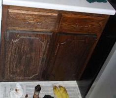cleaning cabinet doors spring cleaning cleaning kitchen cabinets