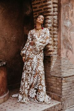 Vita Dress By Rue De Seine // The Wild Heart Collection From Rue De Seine // Stylish Bohemian Bridal Wear From Rue De Seine // Images By Madly Studio Lace Bridal, Bridal Style, Bridal Gowns, Bohemian Wedding Dresses, Boho Bride, Bohemian Weddings, Indian Weddings, Wild Hearts, Bohemian Mode