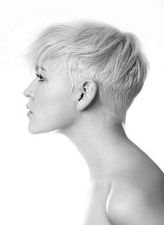 Disconnected platinum pixie