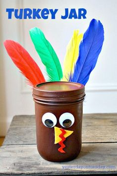 Mason Jar Turkey Craft (my idea: thanksgiving jar.add personal thanksgiving messages to all the members of the family all year long.and read them on thanksgiving) Thanksgiving Crafts For Kids, Thanksgiving Activities, Holiday Crafts, Thanksgiving Turkey, November Thanksgiving, Thanksgiving Messages, Pot Mason Diy, Mason Jar Crafts, Mason Jars