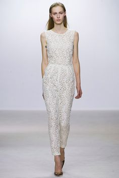 Giambattista Valli Spring 2013 RTW - Review - Fashion Week - Runway, Fashion Shows and Collections - Vogue - Vogue