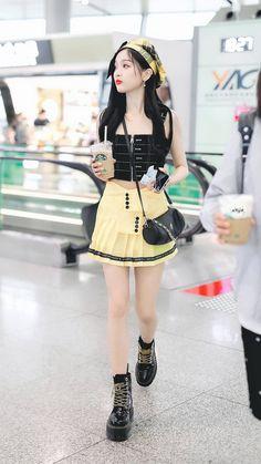 Airport Style, Airport Fashion, Cosmic Girls, Beachwear, Swimwear, Kpop Outfits, Outerwear Women, Kpop Girls, Korean Girl