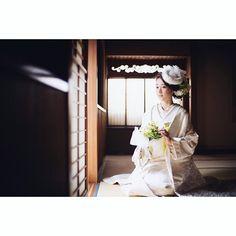 #CUCURU #白無垢 #着物 #和装 #和 #和装前撮り #前撮り #ロケーションフォト #ウェディング #結婚 #夫婦 #結婚準備 #トーク帽 #日本 #花嫁 #プレ花嫁 #wedding #japanese #kimono #ブライダル  実家に帰り中〜 案の定電車混んでる ひまちんシンデレラでも見ようかしら✨