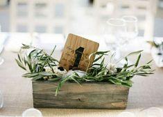 12 5 5 0 0 1793 A associer avec vos centres de table, compositions florales ou en tant qu'accessoire déco pour vos tables, le numero de table permet non seulement…