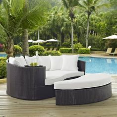 The Happiness of Having Yard Patios – Outdoor Patio Decor Patio Daybed, Outdoor Daybed, Outdoor Sectional, Patio Cushions, Resin Patio Furniture, Outdoor Furniture, Outdoor Decor, Rustic Furniture, Modern Furniture