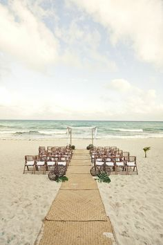 Beach Wedding. I like the mats - good idea!