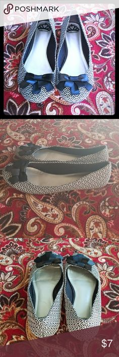 Fergalicious flats! Fergalicious flats, size 9, cute little bows in front, black and white pattern Fergalicious Shoes