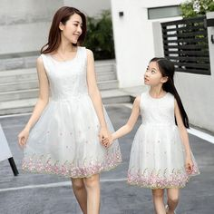105 Best Mom   Daughter matching outfits images  21ff8b133488