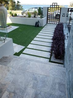 Silver Travertine tiles and pavers at Brighton Le Sands Silver Travertine tiles and pavers at Bright Front Garden Landscape, House Landscape, Landscape Design, Side Yard Landscaping, Modern Landscaping, Back Gardens, Outdoor Gardens, Front Yard Design, Backyard Garden Design