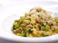 春   蔬   雞   肉   燉   飯  Chicken and spring vegetable risotto  雞肉と春野菜のリゾット