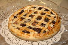 Tarta simpla cu fructe si alune | Simplu Feminin Gem, Cheesecake, Deserts, Pie, Cheesecakes, Jewels, Postres, Dessert, Gemstone