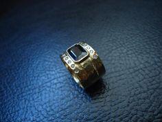 Ouro amarelo 18kl, safira azul, diamantes - www.valeriasajoias.blogspot.com
