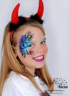 *Gallery Halloween - Sparkling Faces. Kinderschminken. Farbenverkauf. Kurse.