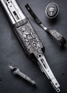 A Westley Richards Hand Detachable Lock Double Rifle. Engraved by Paul Lantuch. Engraving Tools, Watch Engraving, Metal Engraving, Gravure Metal, Firearms, Shotguns, Engraved Frames, Hunting Rifles, Military Weapons