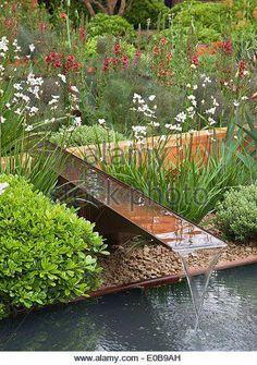 result for garden rill kit Modern Water Feature, Backyard Water Feature, Water Features In The Garden, Garden Fountains, Water Garden, Garden Bed, Garden Structures, Shade Garden, Garden Projects