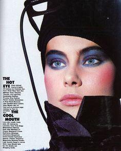 makeup: blue eyeshadow and pink cheeks 80s Makeup Looks, 1980s Makeup, Retro Makeup, Makeup Ads, Vintage Makeup, Vintage Beauty, Makeup Cosmetics, Eye Makeup, Hair Makeup