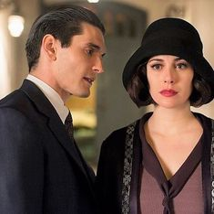 Nicolas e Cristina Netflix Series, Series Movies, Film Movie, Movies And Tv Shows, Grand Hotel Cast, Gran Hotel, Tv Show Casting, Casual Summer Outfits For Women, Girls Series