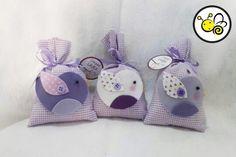 .. Lavender Bags, Lavender Sachets, Felt Diy, Felt Crafts, Some Ideas, Handicraft, Burlap, Hair Accessories, Crafty