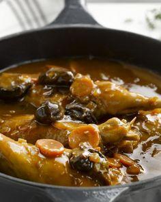 Konijn met pruimen #15gram Meat Rabbits, Belgian Food, Pureed Food Recipes, Lunches And Dinners, Pot Roast, Stew, Great Recipes, Slow Cooker, Delish