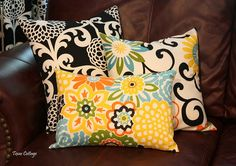 Texas Cottage: Easy Envelope Pillow Covers Some day, when I have room and I'm not afraid of my sewing machine, I will make lots and lots of pillows. Sewing Pillows, Diy Pillows, Throw Pillows, Decorative Pillows, Cushions, Couch Pillows, Recover Pillows, Diy Blankets, Diy Couch