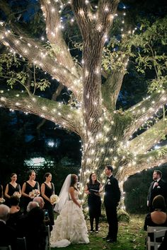 A+Magical,+Romantic+Wedding+at+Aldie+Mansion+in+Doylestown,+Pennsylvania