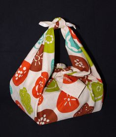 Furoshiki - ideas and video tutorials for xmas wrapping