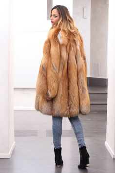 FUR COAT JACKET FOX PELZE PELZMANTEL FUCHS FOURRURE RENARD VOLPE лиса мех