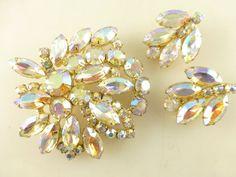 Vintage Juliana D&E DeLizza Elster Aurora Borealis Rhinestone Brooch Earring Set #DeLizzaElsterDEJuliana