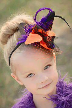 Little Matilda Witch Hat Halloween Costume Hair piece Headband Black and Orange. Make one for Bella & Roxy Halloween Hair Bows, Halloween Kostüm, Holidays Halloween, Halloween Decorations, Halloween Costumes, Kids Witch Costume, Adornos Halloween, Halloween Disfraces, Matilda