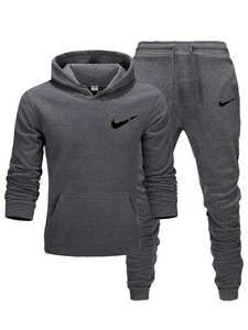 Nike Fashion, Sport Fashion, Mens Fashion, Nike Outfits, Swag Outfits, Mens Tracksuit Set, Nike Gear, Men Style Tips, Hoodies