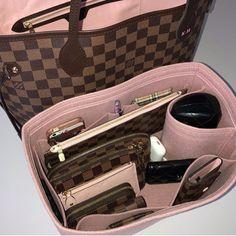 Pretty Organization [LV Diary by . ---------------------------- Come join our Louis Vuitton group if you love Louis Pretty Organization [LV Diary by . ---------------------------- Come join our Louis Vuitton group if you love Louis Replica Handbags, Chanel Handbags, Luxury Handbags, Louis Vuitton Handbags, Fashion Handbags, Purses And Handbags, Handbags Michael Kors, Fashion Bags, Cheap Handbags