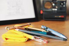 Pens pencils lápices bolígrafos plumas Penco Kaweco BaronFig Field Notes