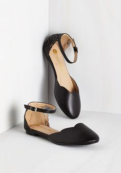 Presh Play Flat in Black - Flat, Faux Leather, Black, Solid, Scallops, Work, Casual, Minimal, Good, Variation, Cutout