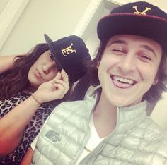 Emily osment és Mitchel musso 2012-ben