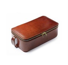 Oak Bark Leather Wash Case by Merchant Fox Wow I could just imagine Jeeves packing this away now whilst on safari...