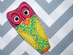 Happy Little Owl Scissors Holder