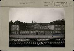 Frederiksholms Kanal 12
