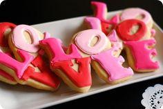 DIY Love wedding cookie favors! Thanks Ashley!!!!