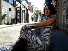 Auténtica! Striped Pants, Fashion, Noblesse, Moda, Stripped Pants, Fashion Styles, Striped Shorts, Fashion Illustrations, Stripe Pants