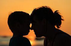 Trzy klucze do serca buntującego się dziecka. Część 1: Miłość - kilka słów o poszukiwaniu przyczyn emocji, nazwaniu ich i miłości bezwarunkowej.